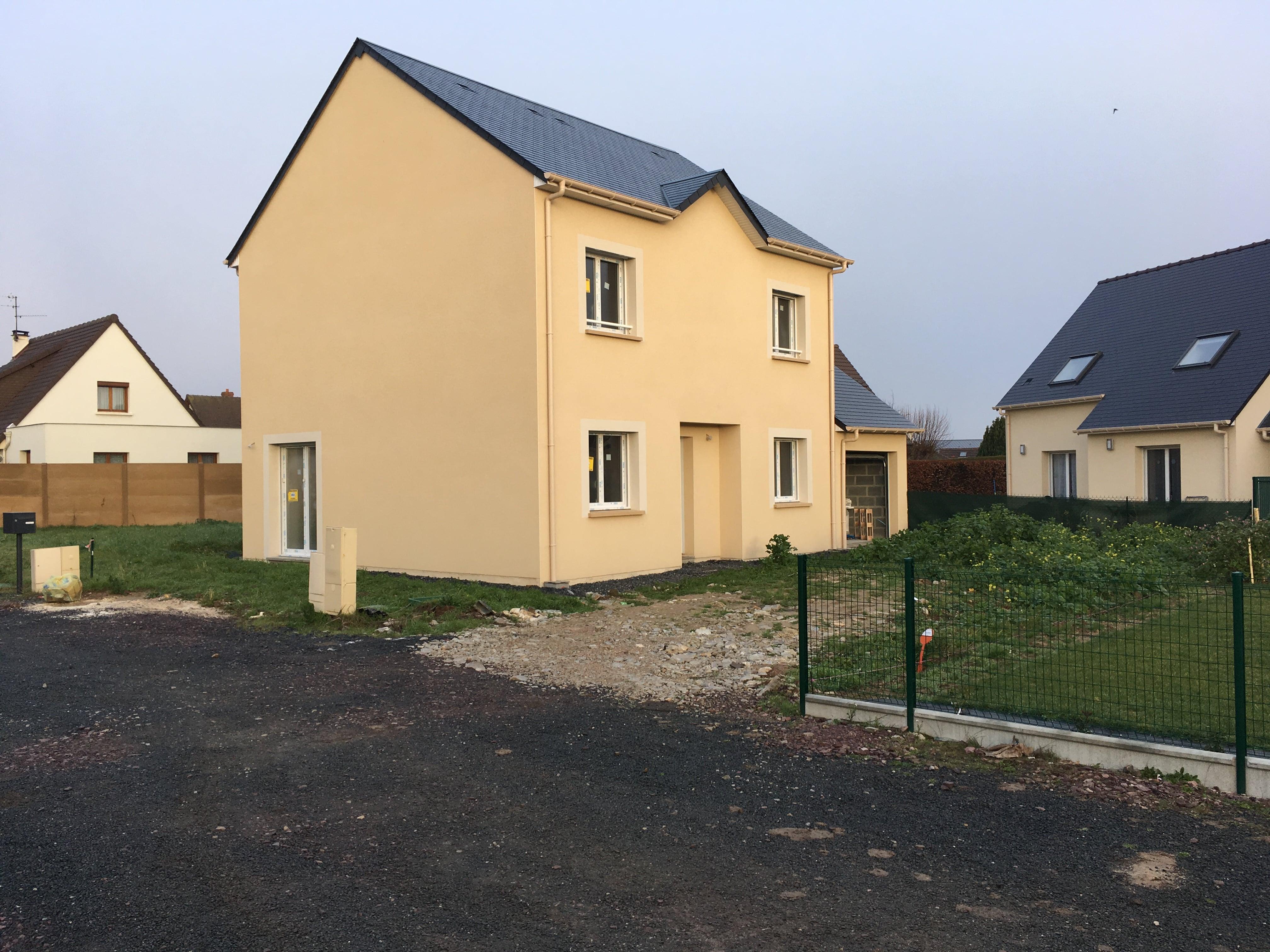 Construction maisons individuelles Bayeux-Modèle LOVE avec garage à Carpiquet